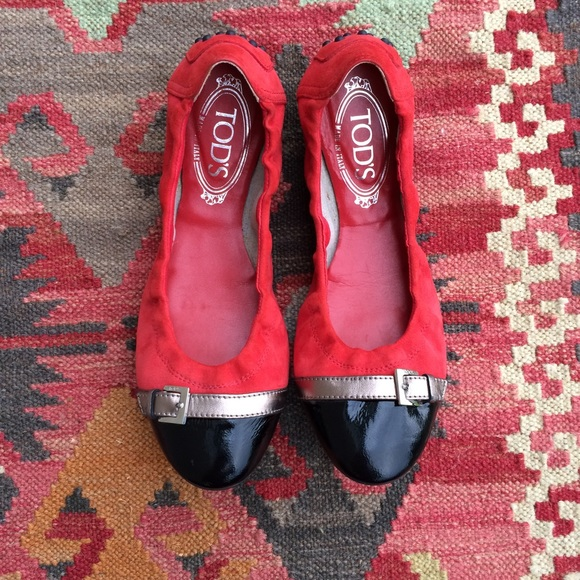 269805f989f37 Tod's Shoes   Rare Tods Dee Ballerina Suede Buckle Flats   Poshmark