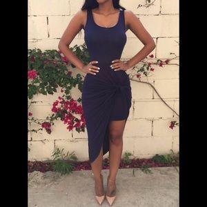 Dresses & Skirts - Trendy asymmetrical dress in midnight blue