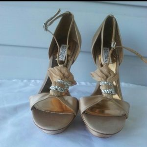Badgley mischka size 10 high heeled shoes.