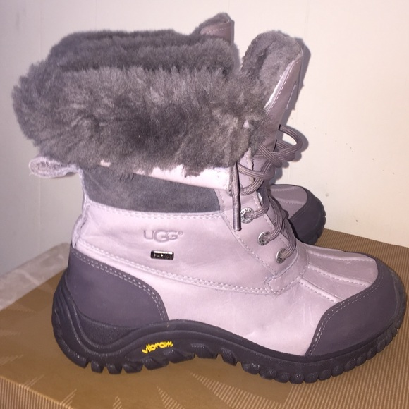 54 ugg boots grey adirondack ugg australia boots from