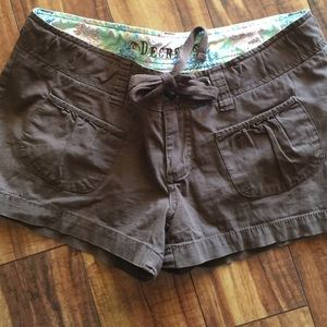 Decree size 9 shorts