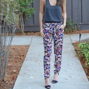 New* forever 21 floral trousers with elastic waist