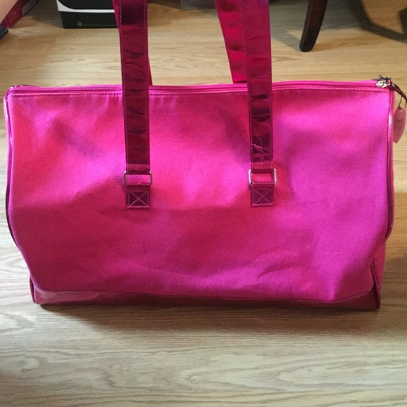 82 Off Victoria S Secret Handbags Victoria S Secret