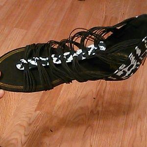 Long Elegant Legs Shoes - LEL shoes