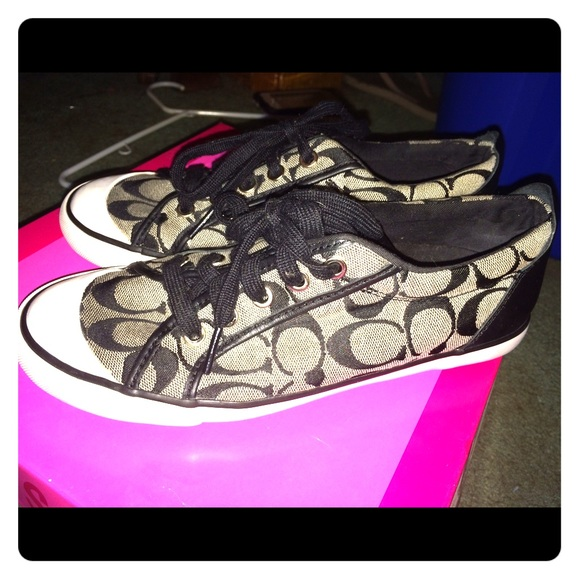 56 coach shoes black and white coach sneakers from