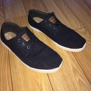 68 toms shoes mens toms from judy s closet on poshmark