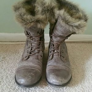 Steve Madden faux fur troopa boots