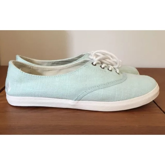 63 reef shoes reef mist 6 mint green oxfords