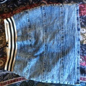 Charlotte Russe Dresses & Skirts - High Waisted Skirt