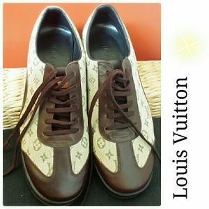 Louis Vuitton Shoes - 💕Louis Vuitton sneakers