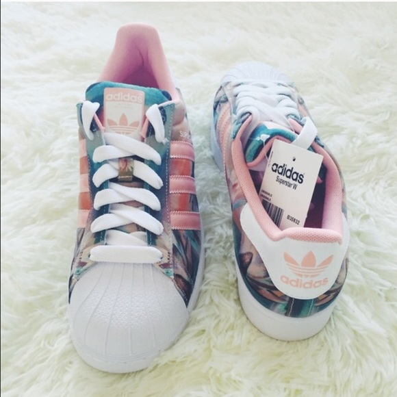 adidas superstar with flowers