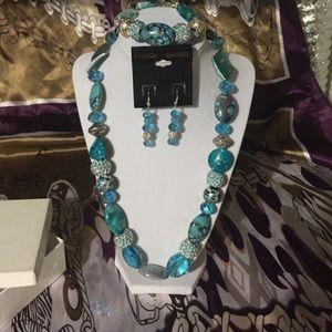 Handmade blue bead/stone necklace earring bracelet