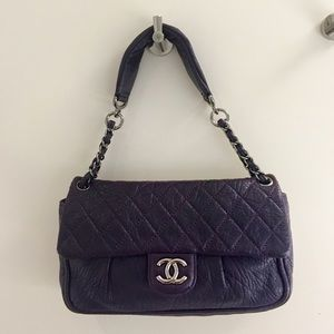 HP Never used. Authentic Chanel flap bag