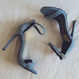 😍 HOST PICK! Denim ankle strap heels
