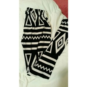Pants - Tribal print leggings