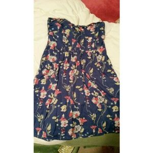 Dresses & Skirts - Floral dress