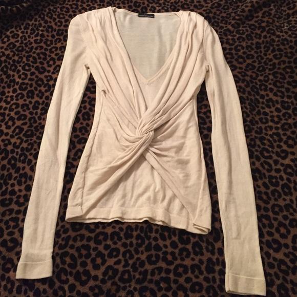 aa379f30 Cream V-Neck Twisted Knot Front Long Sleeve Top. M_55cab9e4c402ae0ac801e91c