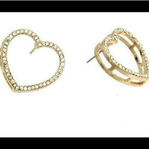 Heart Post Earrings - Gold