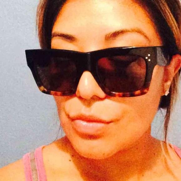 b69060212be04 Celine Accessories - Céline CL41054 Sunglasses