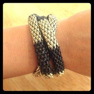 Jewelry - Twisted black/gold bracelet