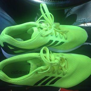 Adidas neon yellow men running shoe