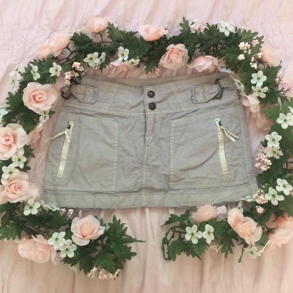 Abercrombie & Fitch Dresses & Skirts - Itty bitty mini🎀