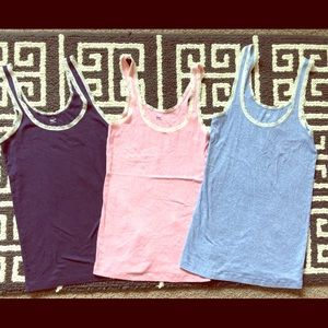Gap tanks with lace