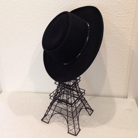 Stetson Royal Flush Black Felt Hat Unisex. M 55cbb17d3ca15d2c67022d91 38fe3368e6e