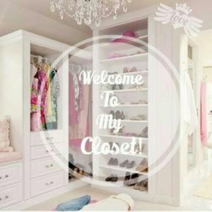 WeLcOmE tO mY cLoSeT ^_^
