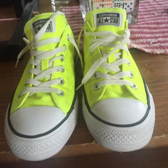 women converse shoes green
