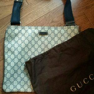Authentic Gucci crossbody