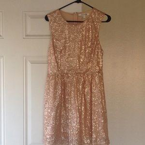 Forever 21 Dresses & Skirts - Rose gold/champaign sequin dress