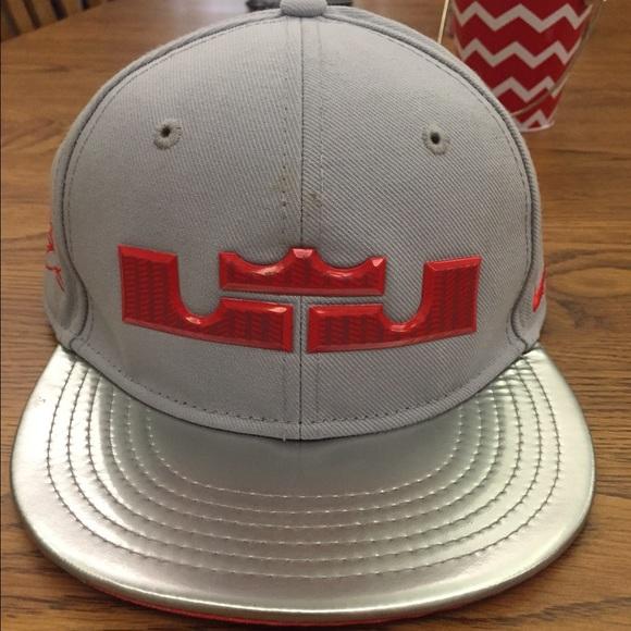 Lebron James kids size snap back hat. M 55cc32988ae33e30de002bf0 473c86b93cb