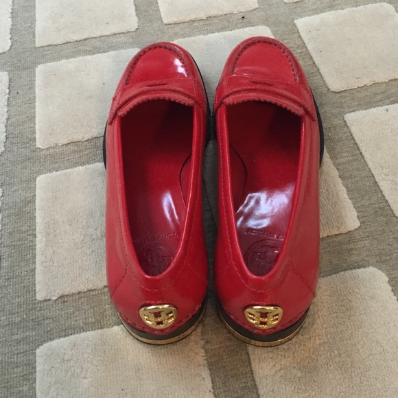 663552e4cb6 Red Tory burch Clayton penny loafers. M 55ccae5c2035ea6c84003a42