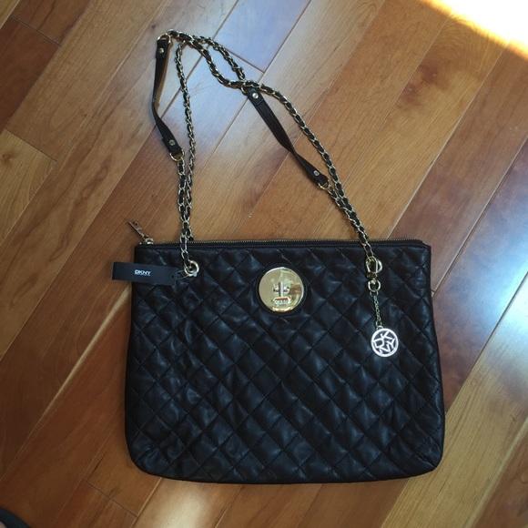 69% off DKNY Handbags - NWT DKNY Black quilted purse from ... : dkny black quilted handbag - Adamdwight.com