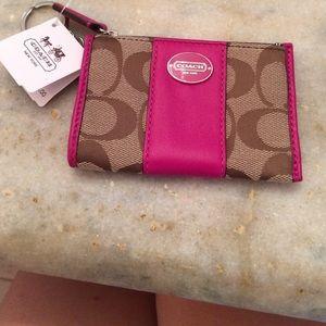 e4c6ac5aaf13 ... Brand-new bright magenta and khaki change purse!