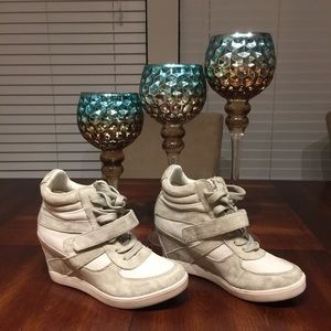 Shoes - Wedge Tennis