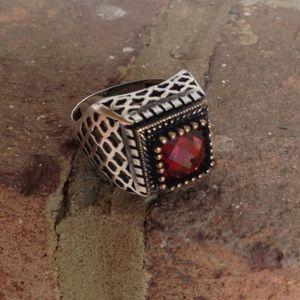 Jewelry - ❤️❤️Vintage Fire Garnet Solid Stamped.