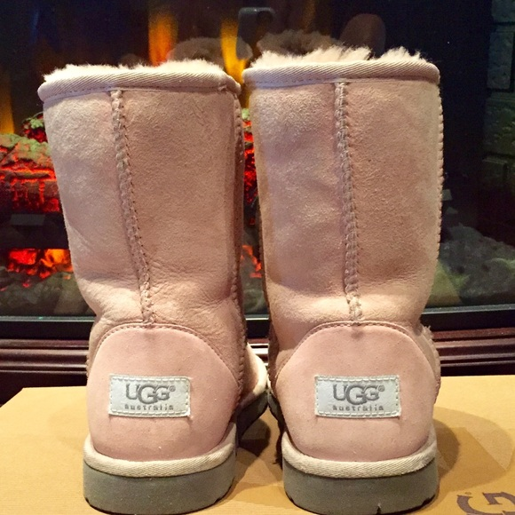 58 Off Ugg Shoes Clearance Sale Baby Pink Classic
