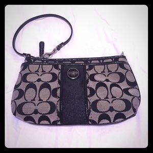 Large coach wristlet/wallet