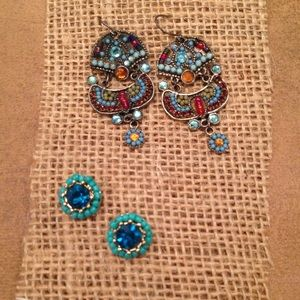 Set of 2 Colorful and Fun Earrings