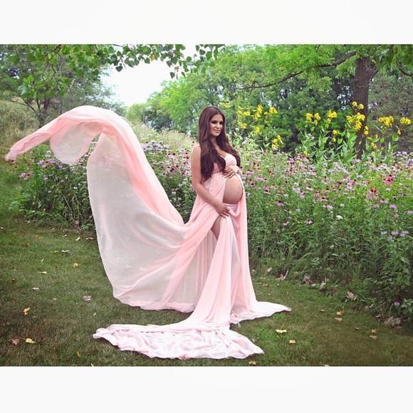 37 off Dresses Maternity Gown As Seen On Jennifer Stano Poshmark
