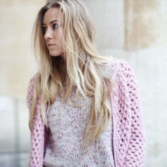 25% off H&M Sweaters - 🍩 SOLD - H&M | Light Pink Chunky Knit ...