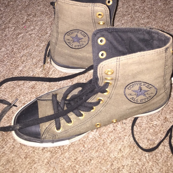 bd4a24c390e8e7 Converse Shoes - Converse Army Green Vintage High Tops