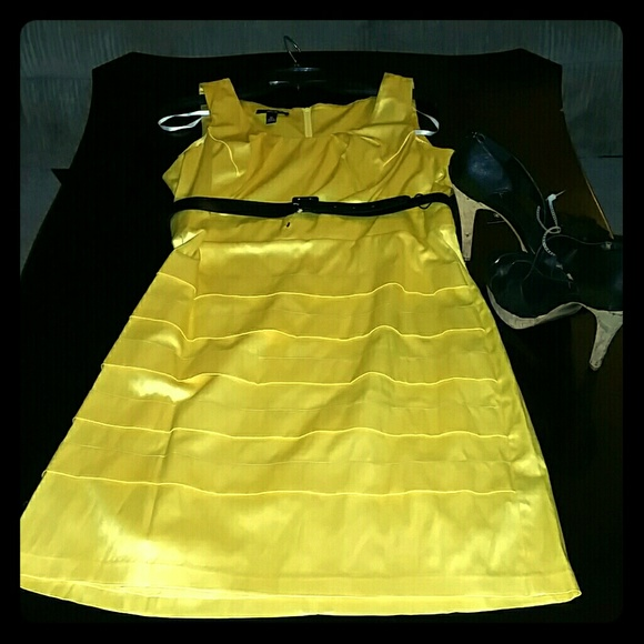 33 bcx dresses skirts bcx yellow dress with black