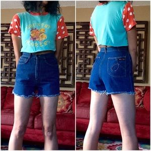Miss Lizz Vintage High-Waisted Cutoffs