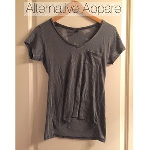 Alternative Apparel Tops - Alternative Favorite Pocket Grunge Tee in Coal