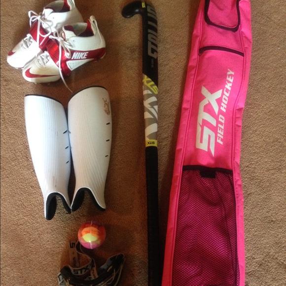 Nike Hockey Gloves: Women's Field Hockey Gear From Jessica's Closet On