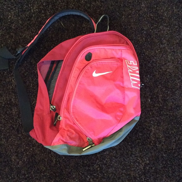 Nike - FLASH SALE!! One strap pink nike backpack from Karra's ...