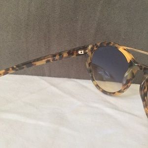 94bdb55c9f8 Tom Ford Accessories - Authentic Tom Ford  Joan